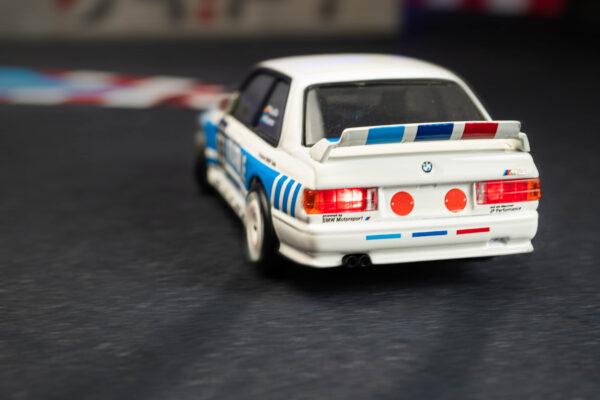 DR!FT Racer BMW E30 M3 MAHLE Edition | Rückseite mit Licht | F4 Drift Shop