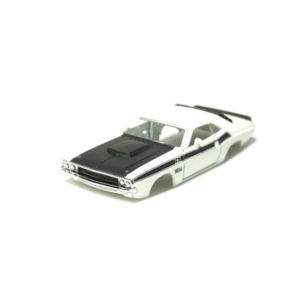 Dodge Challenger T/A Karosserie Weiss inkl. Adapter Front