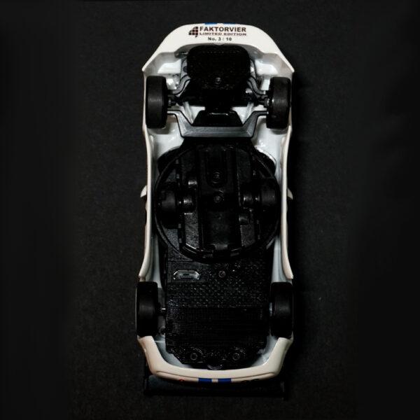 Maserati GranSport Trofeo Weiss | F4 Limited Edition | Unterboden Nummerierung | DR!FT Racer