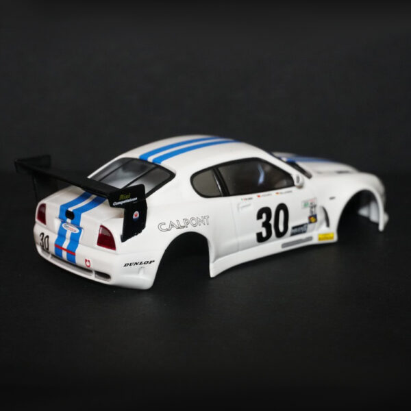 Maserati GranSport Trofeo Karosserie Weiss inkl. Adapter | F4 Limited Edition | hinten | DR!FT Racer